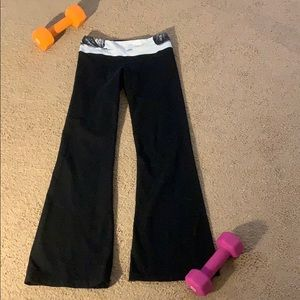Lululemon Groove Flare Yoga Pants